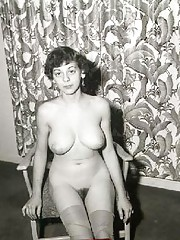 Vintage sweethearts posing naked in fifties
