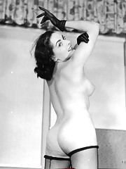 Willing sweethearts posing naked in fifties