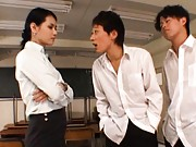 Maria Ozawa Asian is kissed by two dudes she has a fight with