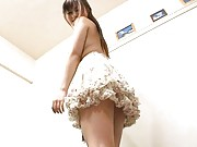 Kokomi Naruse Asian shows ass and pussy under white lace skirt