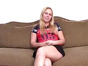 Amateur babe gets banged on her interview in these mpgs