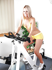 Hot Sabrina working-out & fucking at the same time!