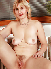 Huge Boobs Hairy Pussy