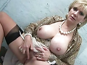 F cup mature wife