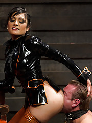Sexy latex clad dominatrix milks slaves prostate and edges him until he uncontrollably cums 3 times!