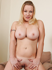 Young Shaved Pussy