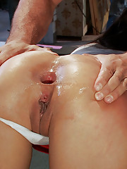 Princess Donna uses the spit from Vicki Chase