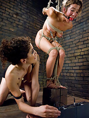 Hot girl gets fisted and zapped in tight rope bondage