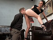 Gwen Diamond fucks her worthless husband in the ass