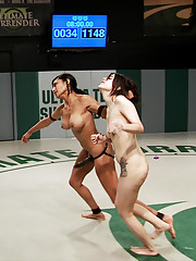 Blow out fans will LOVE this match! Beretta + Petite Rookie = Hot Wrestling Domination!