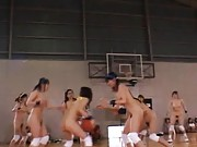 Amateur´s boobs hang out while she plays basketball in the gym