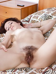 Hairy girl Milady pounces on her prey