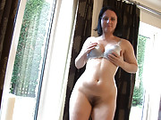 Amber Lustful is very proud of being hairy