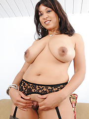 Latina Busty Moms