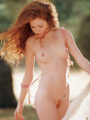 Playmate of the Month September 2004 - Scarlett Keegan�