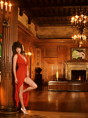 If there are two things in the world that look better than ever, they�re the original Playboy Mansion and the original 25th Anniversary Playmate.�