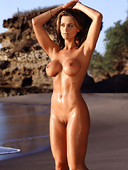 When patriotic beauty Karen McDougal became our `998 PMOY, we certainly weren�t surprised � Karenmania had been sweeping the nation since her stunning Centerfold debuted in December 1997. The former preschool teacher�