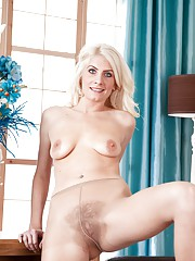 Pantyhose turns hairy girl Ashleigh McKenzie on