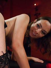 Anal Gaping, Fisting, Strap-on and Kinky Lesbian Sex!