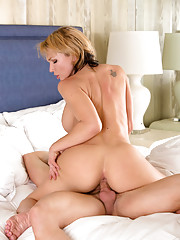 Horny Nikki Sexx sucks on a stiff cock after getting fucked hard