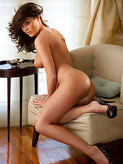 Playmate Exclusive December 2011 - Rainy Day Jordan…