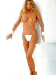 Playmate Marilyn Cole