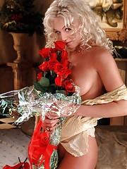 Playmate of the Month January 1998 - Heather Kozar…