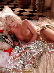 Playmate of the Month January 1998 - Heather Kozar�