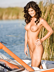 Playmate Exclusive July 2008 - Laura Croft�