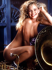 Playmate of the Month July 1991 - Wendy Kaye�