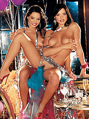 Playmate of the Month December 2003 - Deisy and Sarah Teles�