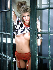 Playmate of the Month December 1986 - Laurie Carr�