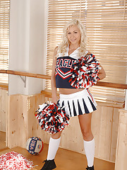 Cheerleaders Pics