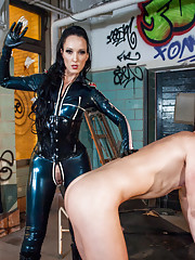 World class domme, Fetish Liza