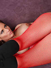 Phoenix Marie gives blowjob and fucks in guys dream.