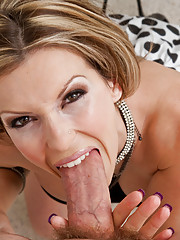 Courtney Cummz fucks and sucks a big hard dick.