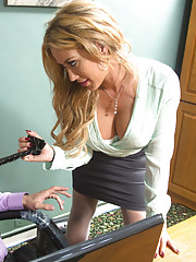 Capri Cavanni walks into workers office and all she wants is to be fucked over the desk.