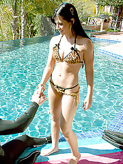 Hot latina Rebeca Linares fucks poolside