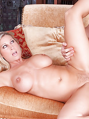 Hot mom Devon Lee sucks a mean cock
