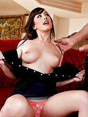 Jennifer makes her boyfriend jealous by sucking and fucking his assistant