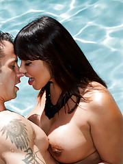 Ava Devine lets her son