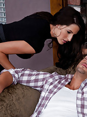 Kortney Kane fucks and sucks a huge dick.