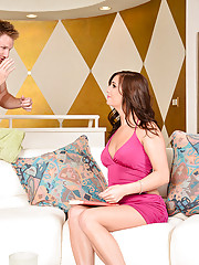 Kylie Kane is horny and ready to fuck so she decides to have her pussy fucked by her boyfriend