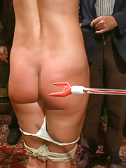 Wenona is an experienced bondage slut and attention whore. She is willing to endure extreme pain for the reward of Princess Donna