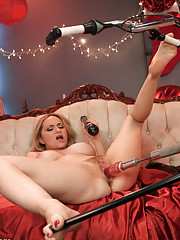Aiden Star fucks our robots, BIG cocks, uses a suction machine on her toes! The fast, unforgiving cummakers fuck the lights out of our hot little Dom!