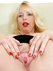 Horny Anilos mom spreads her wet snatch wide open