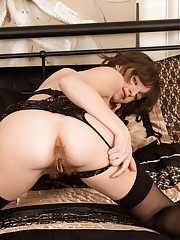 Busty housewife plays with her cock hungry fuck hole
