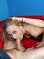 MILF showing her daughter proper blowjob