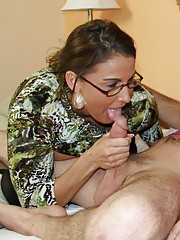Perverted step mom Stacie Starr sucking my bf big cock