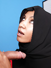 Muslim girl Sadie milking big cock for the first time